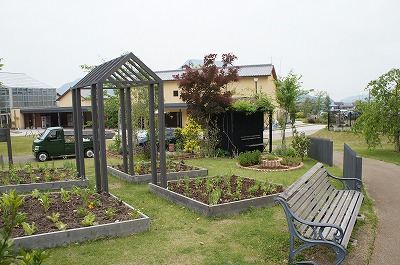 庭めぐり三田 179.jpg